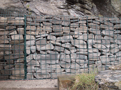 Subcontractor Focus constructed gabion baskets filled  stone to help deliver this bank stabilisation